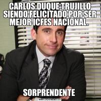 CARLOS DUQUE TRUJILLO SIENDO FELICITADO POR SER MEJOR ICFES NACIONAL. SORPRENDENTE